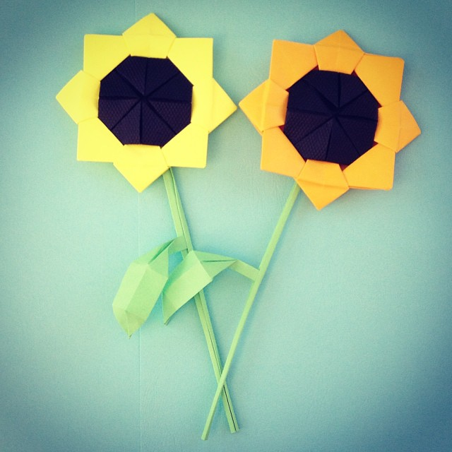Origami Sunflower By Kyoko Nakahara Instructions From T Flickr