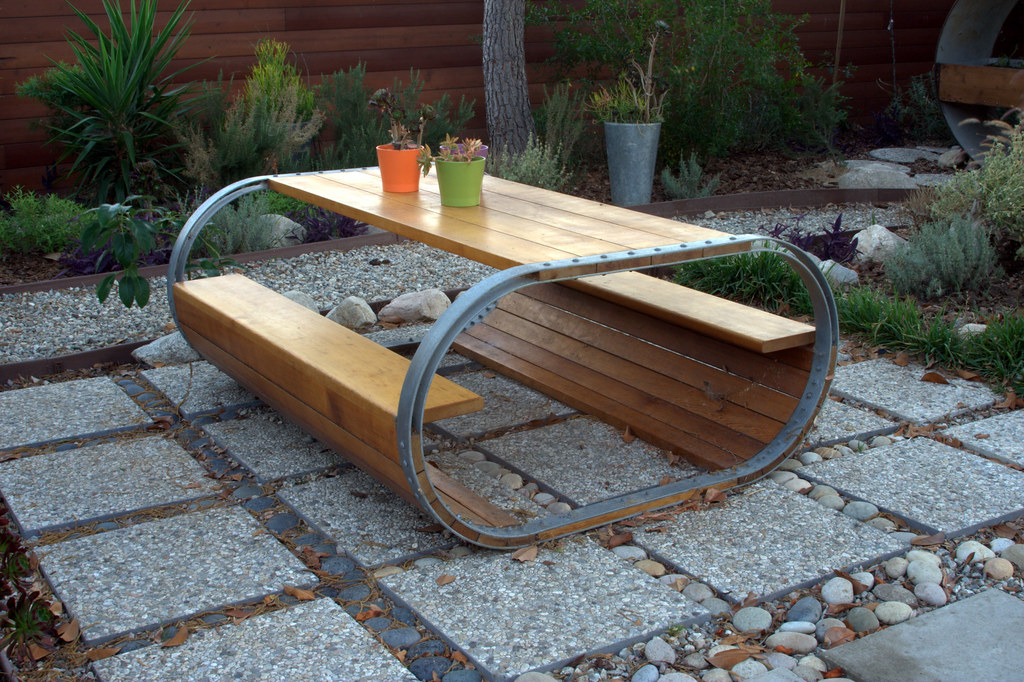 Baril Picnic Table A Picnic Table Inspired By A Wine Barre Flickr - Modern picnic table designs
