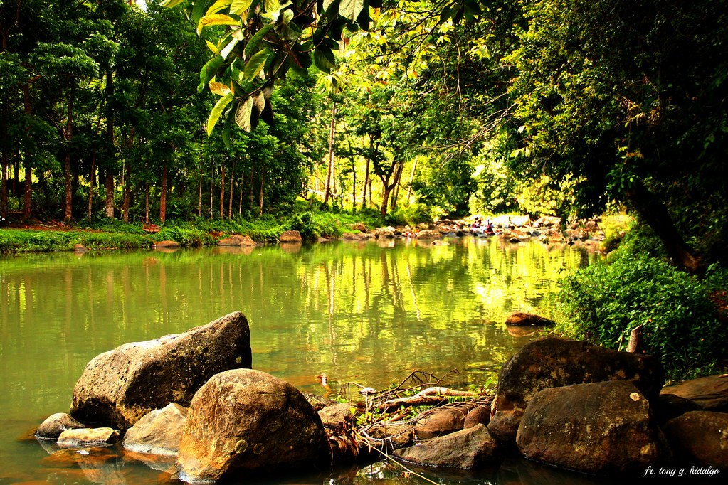 ilog ng sisilmin | Nature's beauty is full of mystery. It ne… | Flickr
