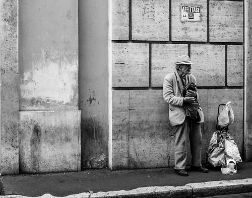 Man in Roma | by HereLiesTomy