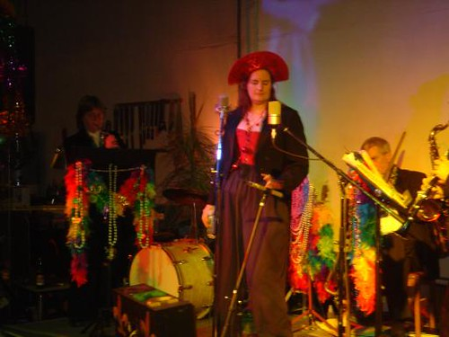 Performing with the Dixieland Dykes +3 at Mardi Gras | by Spidra Webster