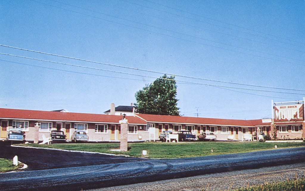 Red Brick Motel - Caribou, Maine
