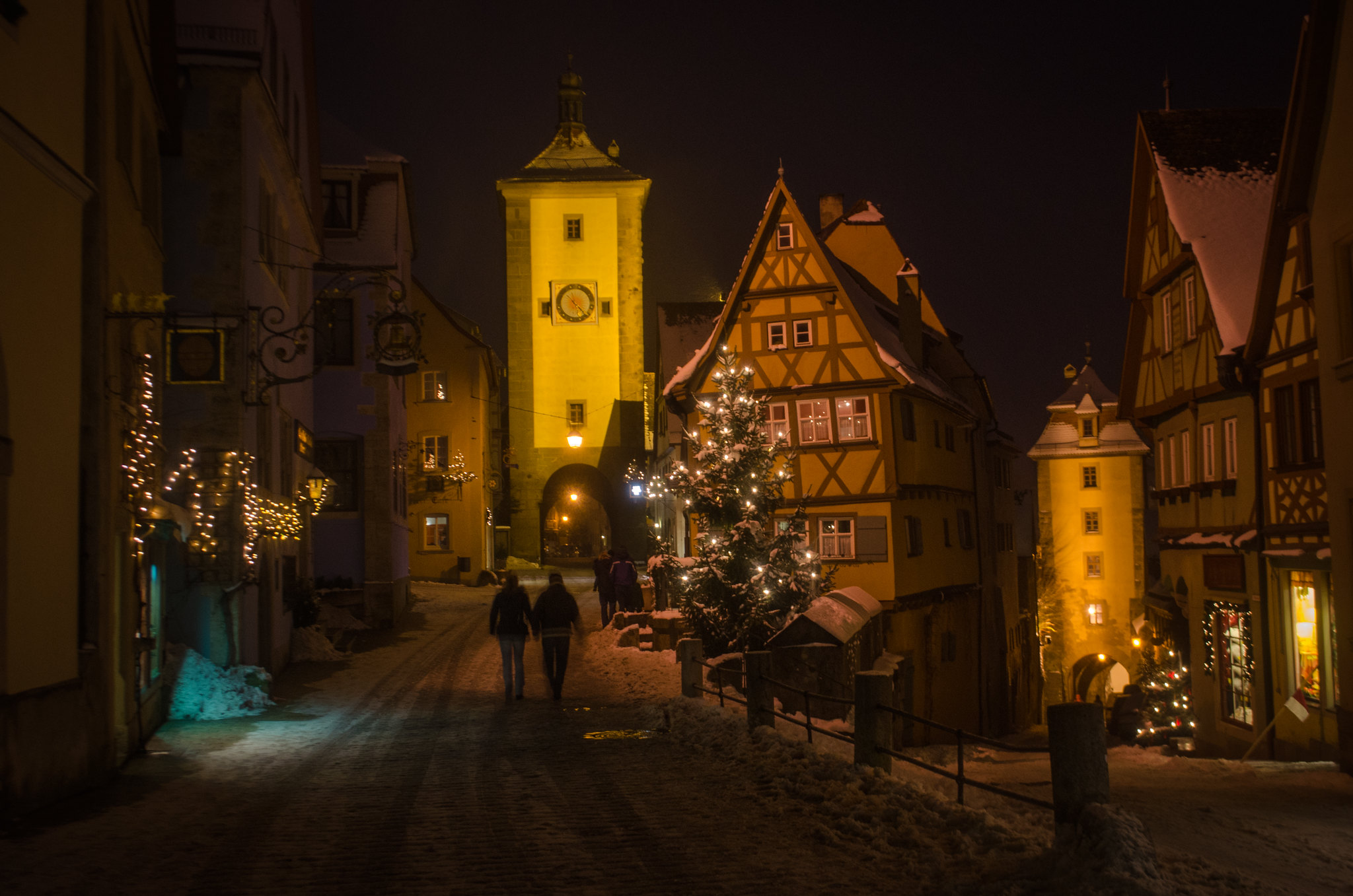 Rothenburg ob der Tauber at night