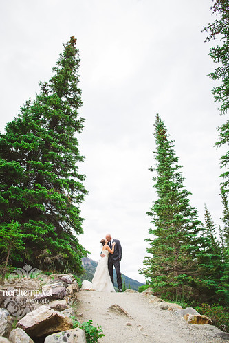 Melissa & Troy - Moraine Lake | by Shauna Stanyer (Northern Pixel)