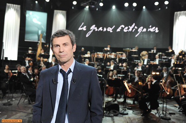 le grand échiquier : l'émission culte. jan. 23rt 2015. 22h50 (21:50 gmt). france 2