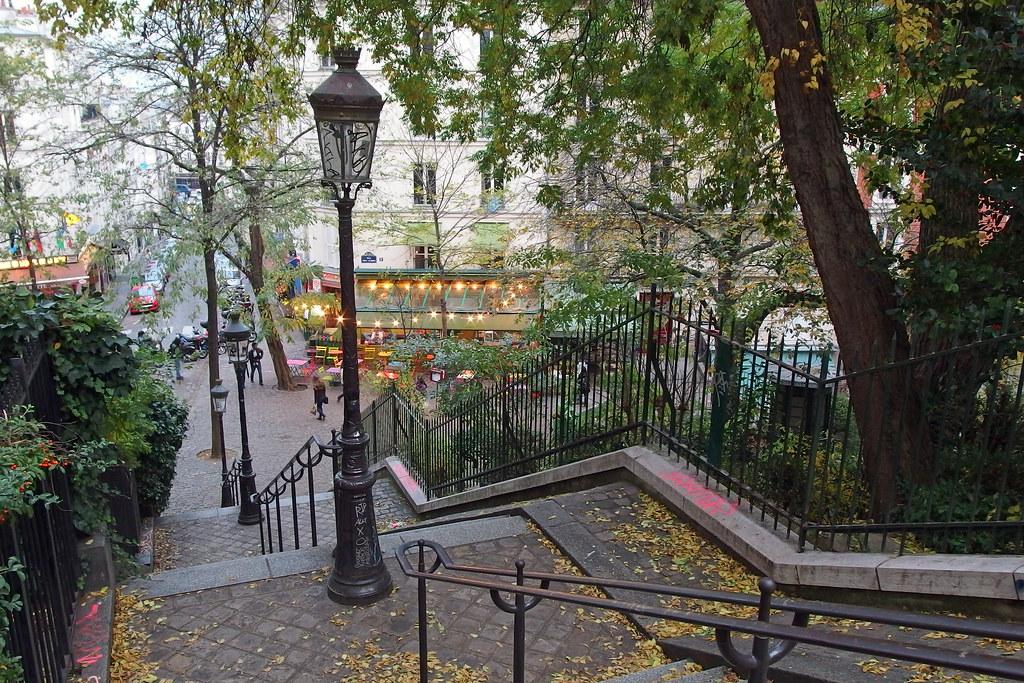 Paris - Montmartre, les escaliers de la rue Maurice Utrill… | Flickr