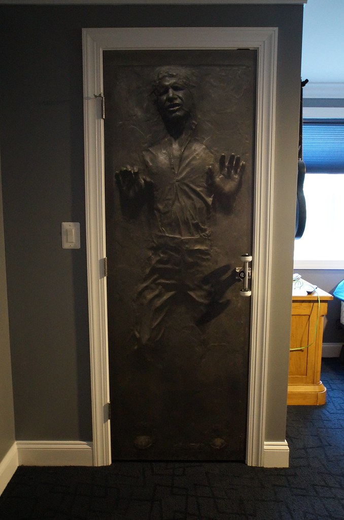 Beau ... CLOSE UP Of Door  This Is A Solid Core Smooth Panel Door With A