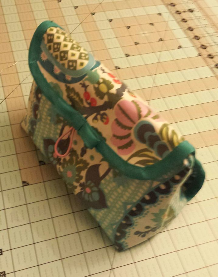 ... So Sew Easy Cosmetic bag 529cb108e7bd2