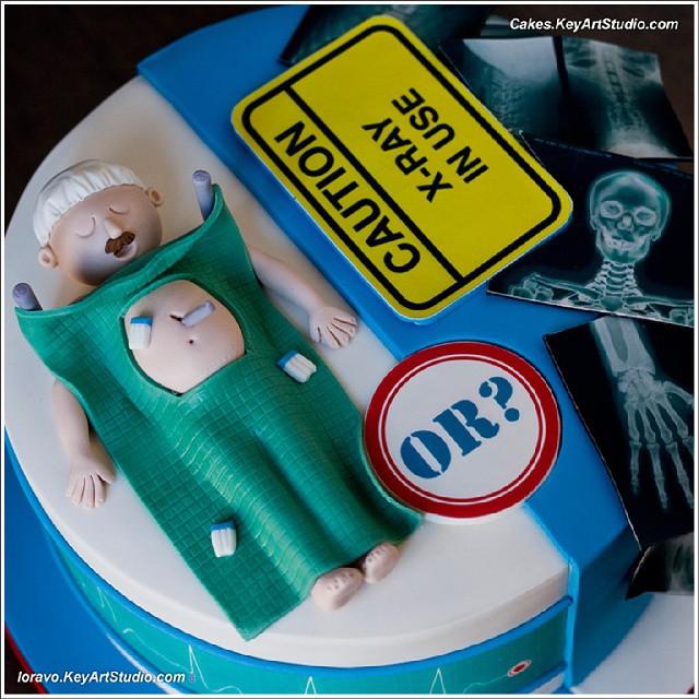 Doctor surgeon radiologist cake Larissa CakesKeyArtStudiocom