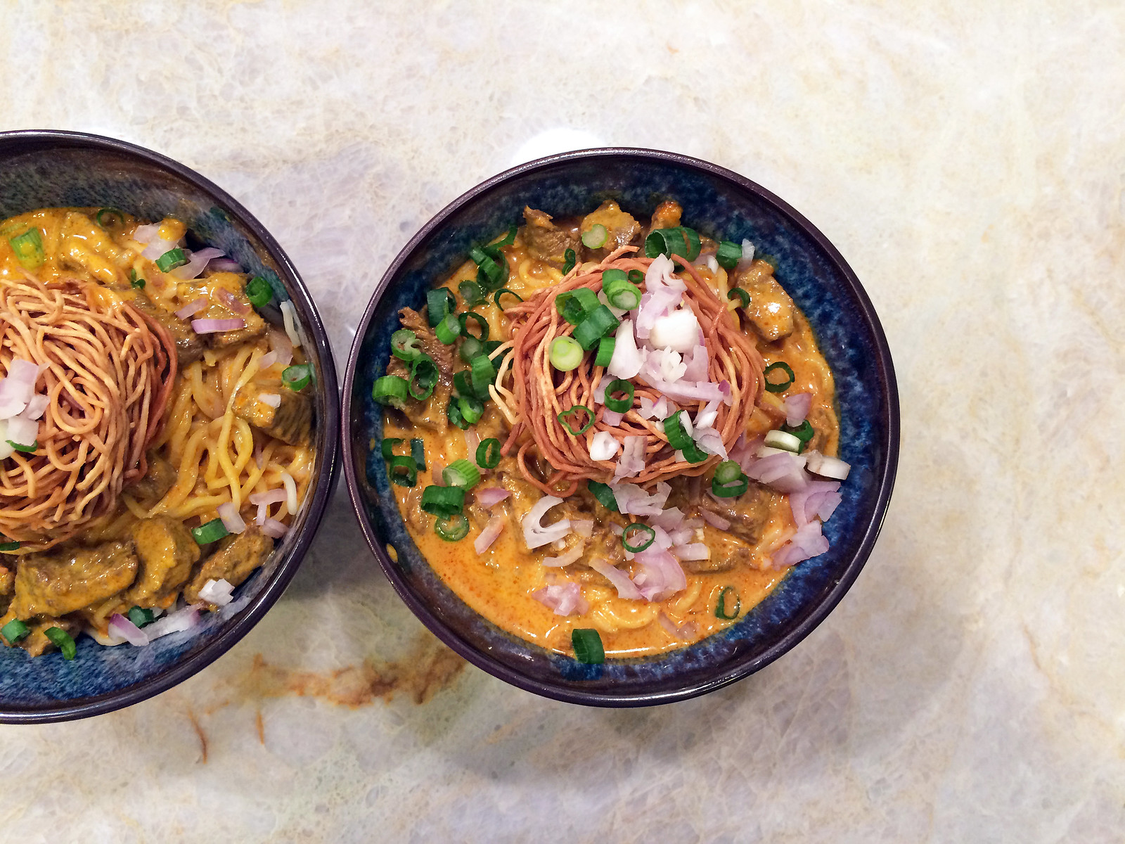 Chiang Mai curry noodles (khao soi)
