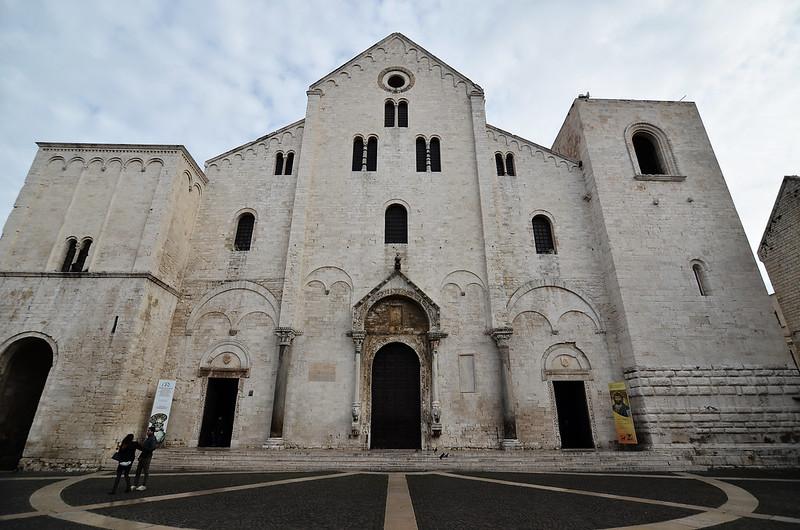 Puglia látnivalói - Basilica di San Nicola (Bari)