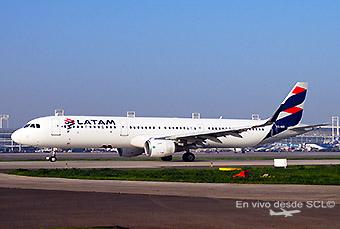 LATAM A321 CC-BEK (RD)