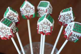 christmas - gingerbread house | by Sweet Lauren Cakes