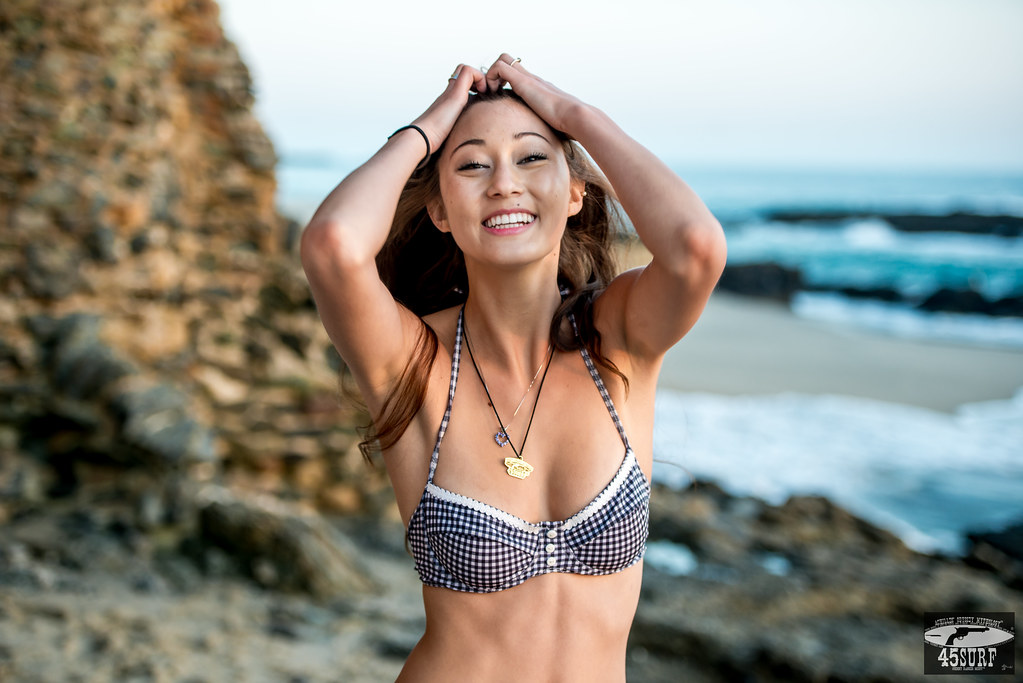 Asian models in bikini pictures