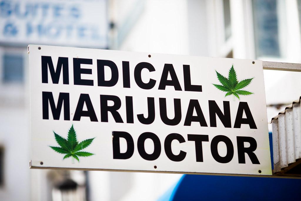 תוצאת תמונה עבור doctor cannabis