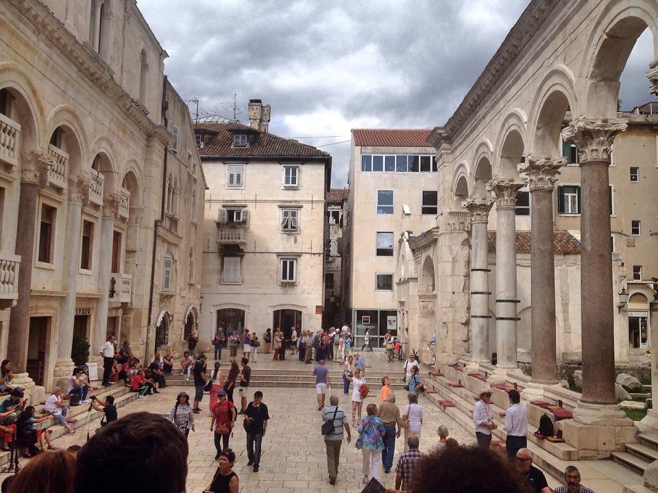 Discover the Remnants of the Most Beautiful Romanesque Buildings in Croatia