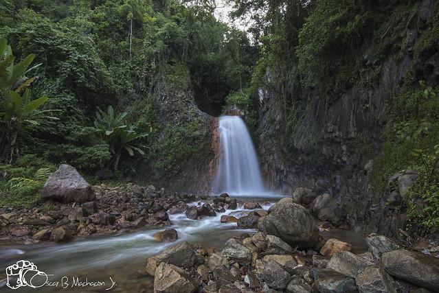 Pulang Bato Falls...