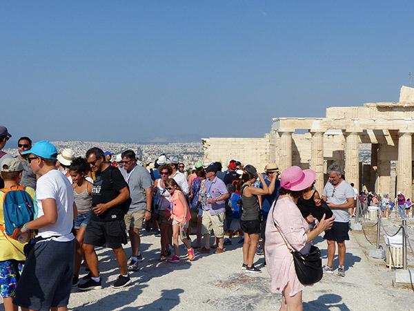 foule sur l'Acropole 2