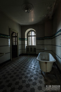Abandoned, Chateau Lumiere | by DugieUK