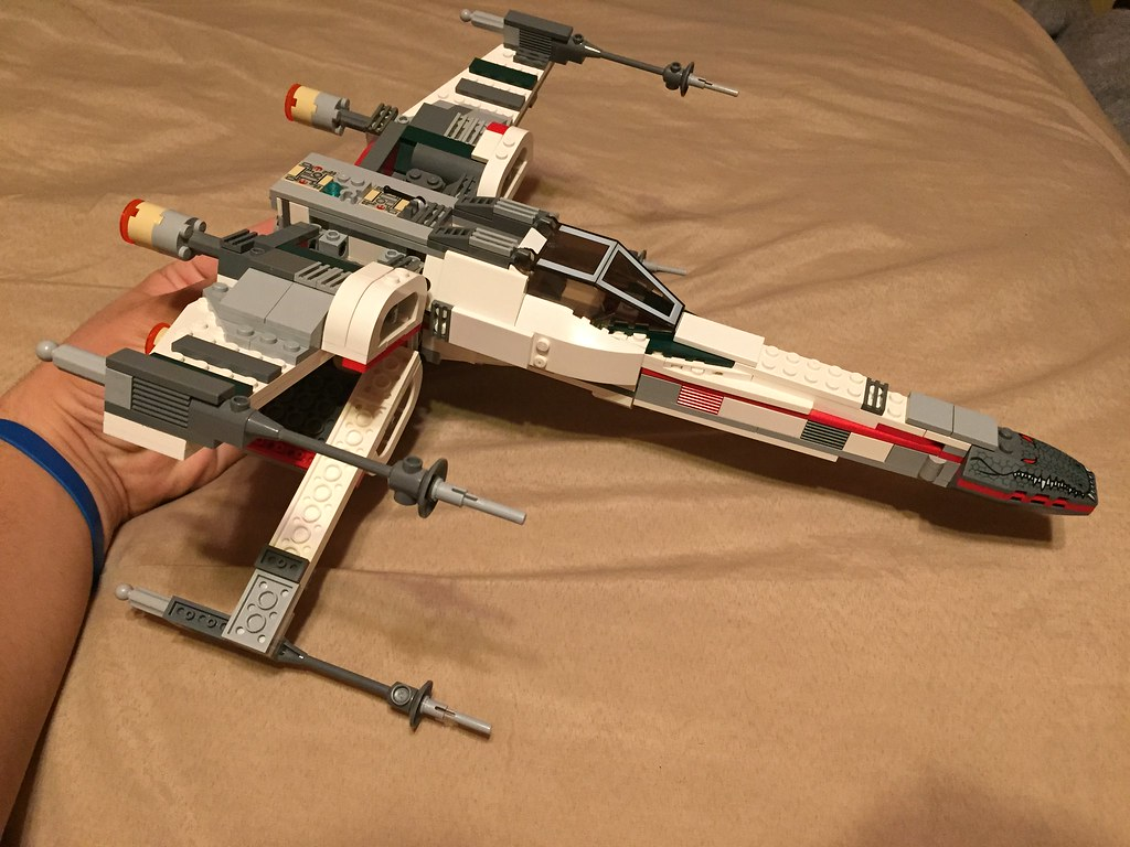 The Force Awakens X Wing MOC Mod Of 2005
