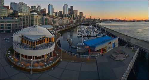 Downtown Seattle marina | by @GilAegerter / klahini.com