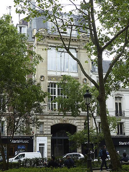 bel immeuble du XVIIIème