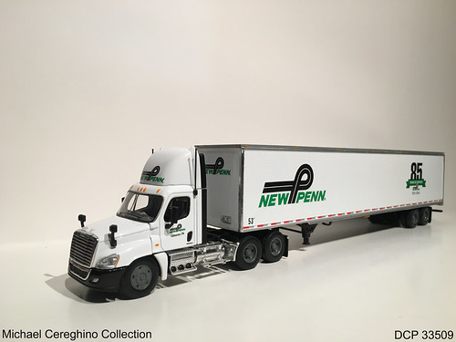 Diecast Replica Of New Penn Motor Express Freightliner Cas