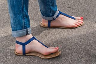 more-candid-teen-feet