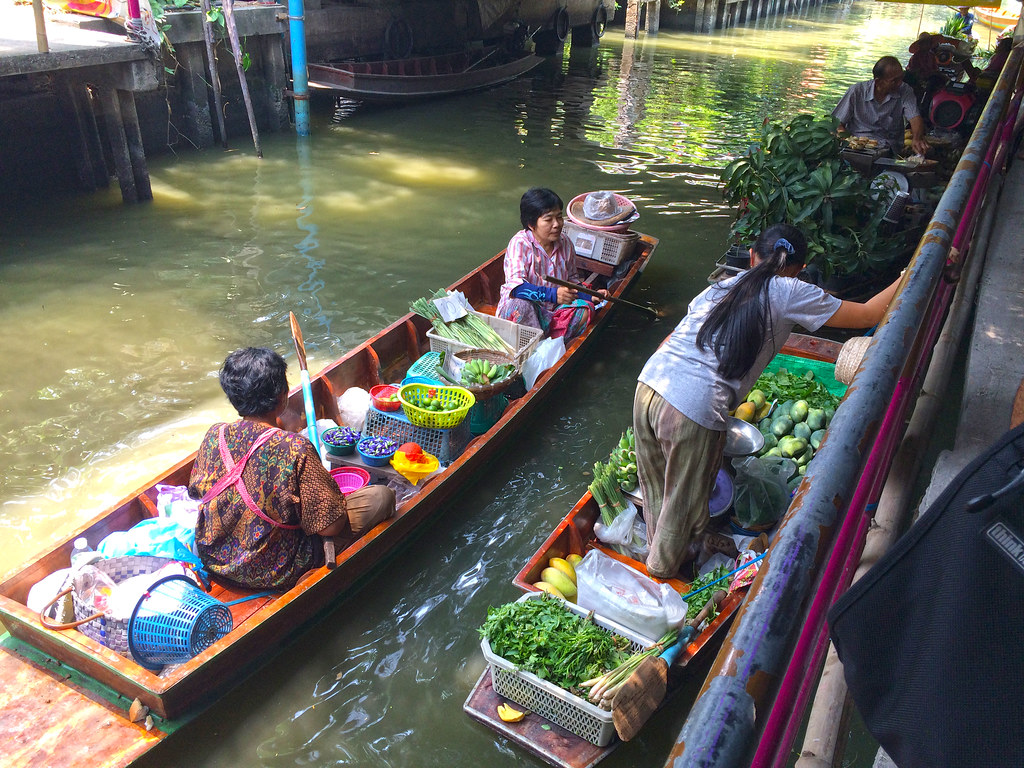 Khlong Lat Mayom