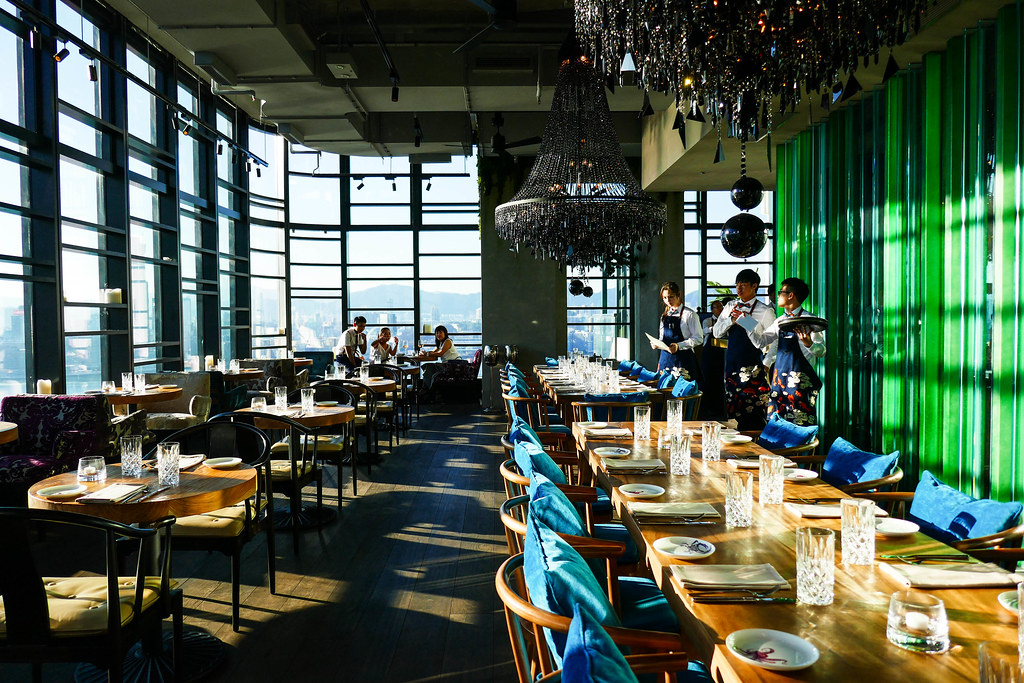 Seafood room hong kong s largest seafood restaurant for Dining room hong kong