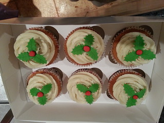 Christmas cupcakes | by platypus1974