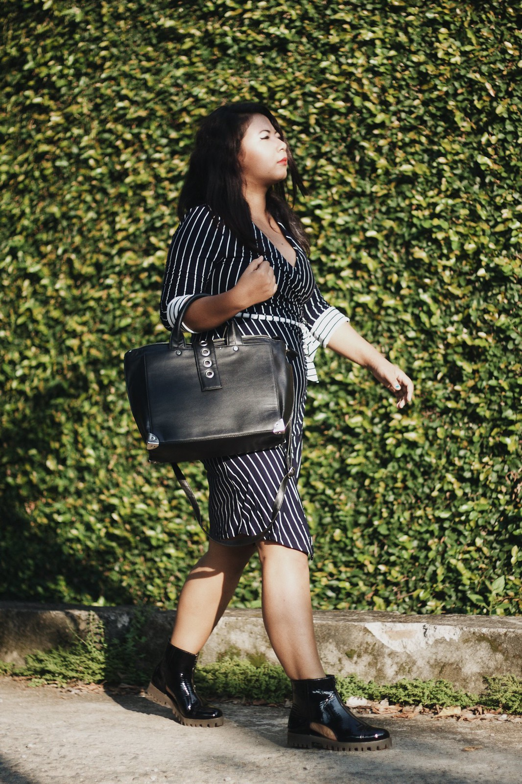 SelestyMe Indian fashion blog by Chayanika Rabha Fall look wearing Fashionmia.com Striped Midi Wrap Dress, Koovs black Handbag & Koovs Ankle boots