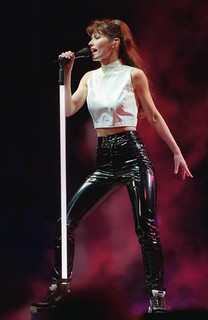 Shania Twain In Vinyl Pants Vinyl Beauties Flickr
