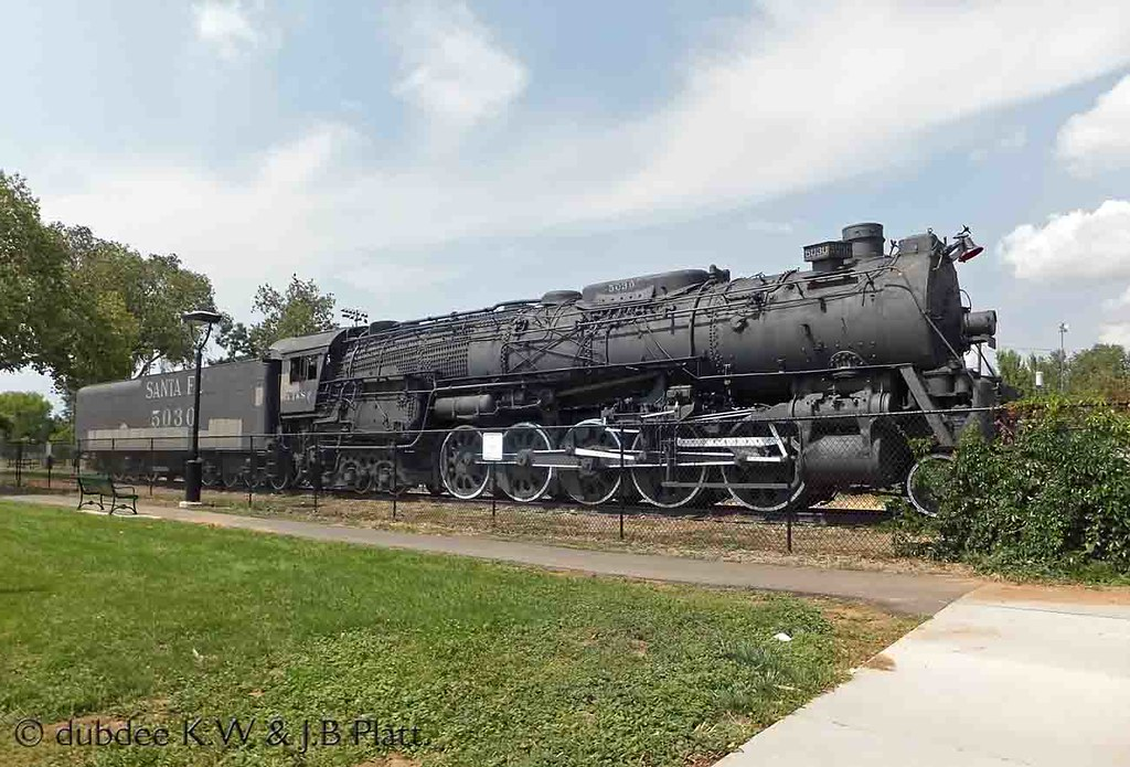 Pictures of ATSF 5030