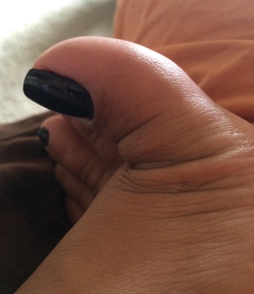 Close up sexy feet pics