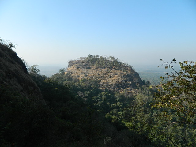 View of Mangad from route to Majurne