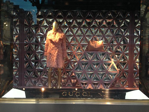 Vitrines gucci paris octobre 2014 www - Magasin deco noel paris ...