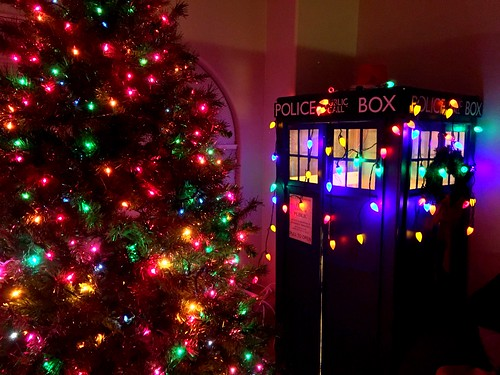 Decorate Your Christmas Tree Like Designer