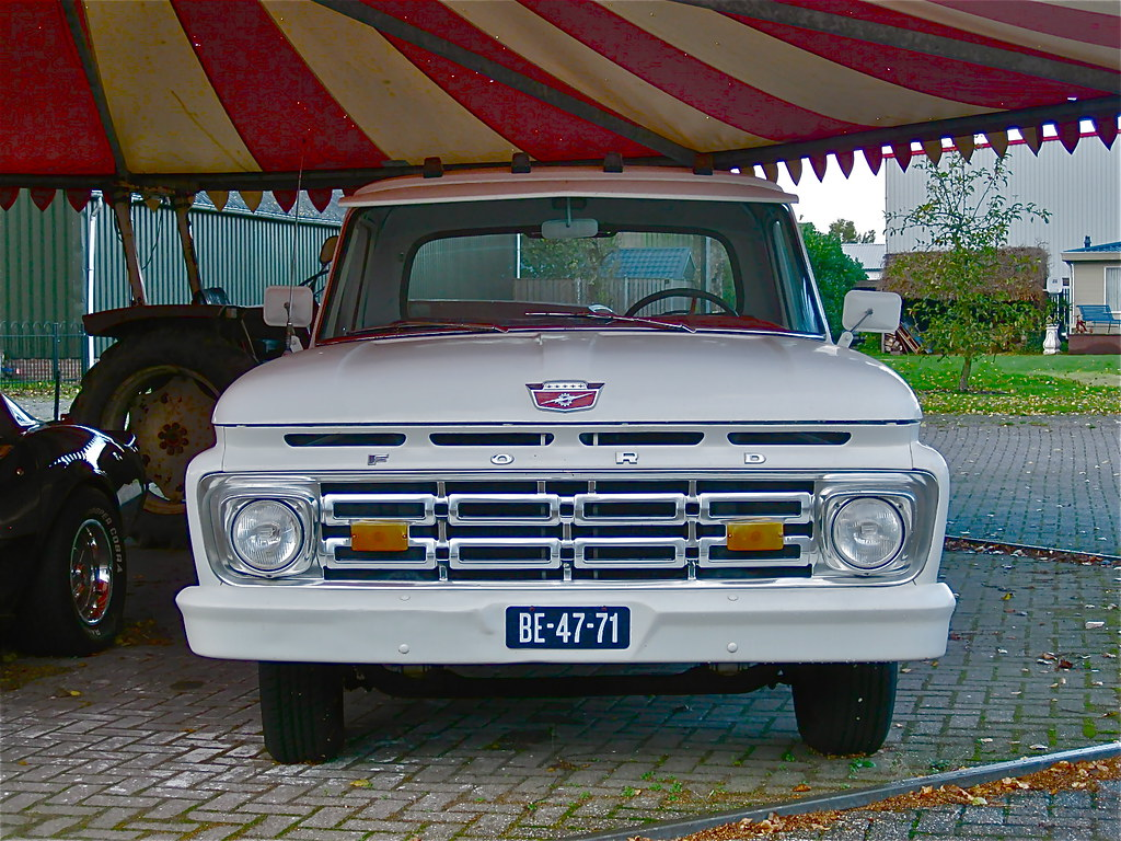 1964 Ford F100 Custom Cab Pick Up 6 Cylinder Engine 2070 Flickr Pickup Classicsonthestreet By