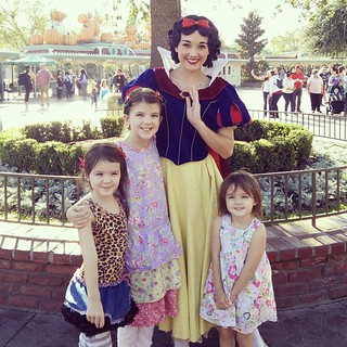 It's a beautiful day at the happiest place on earth. We met Snow White with no waiting in line!  #disneyland #homeschool | by Urthmama