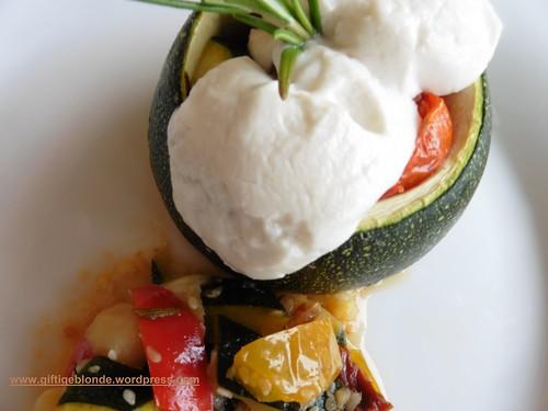 Gefüllte Zucchini mit Ziegenkäse (2)