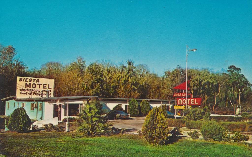 Siesta Motel - East Palatka, Florida