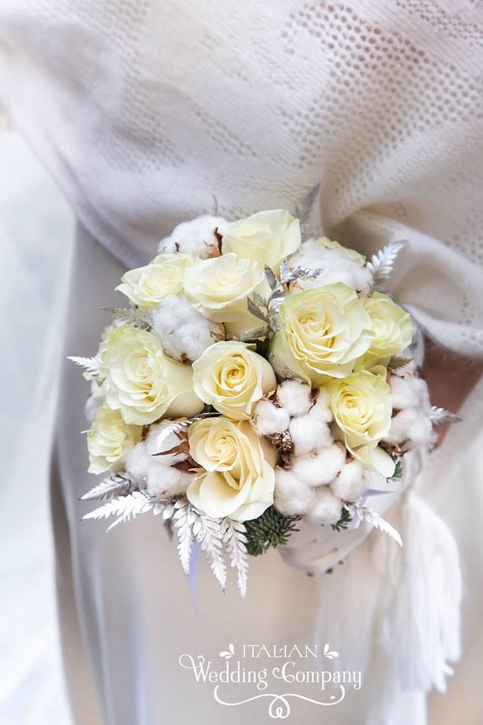 Winter Wedding Bridal Bouquet Flowers La Piccola Selva Fl Flickr