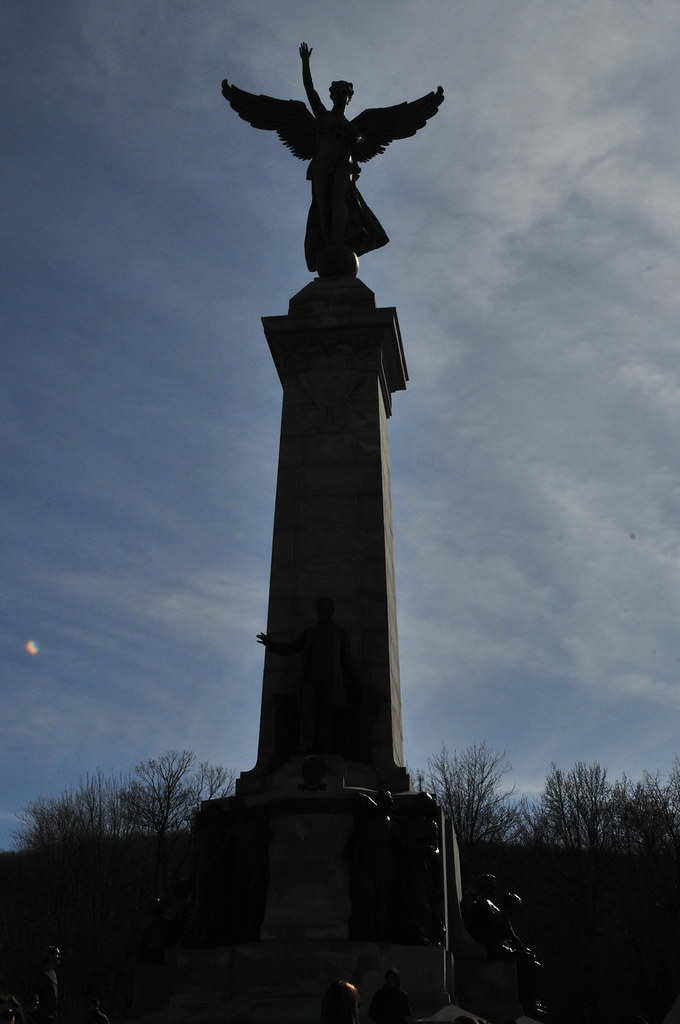 the angel, Mont Royal