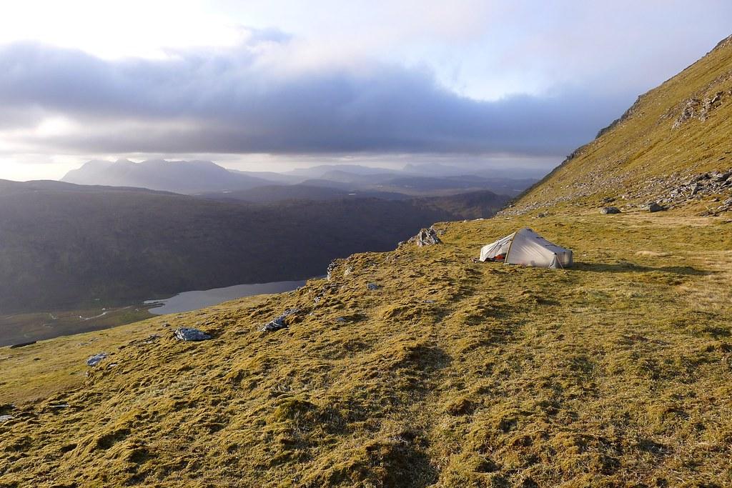 Wild camp above Loch a' Bhraoin