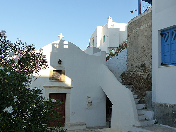 église dans le kastro, Naxos