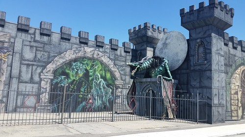 Haunted House (Closed Sundays)