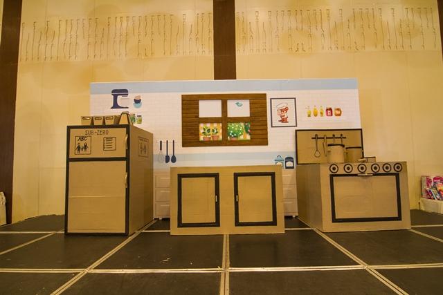 stage (2).e