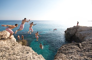 Cliff jumping 1 | by habi
