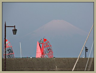 Tasar sailboats with Mt Fuji in the background. | by martian cat